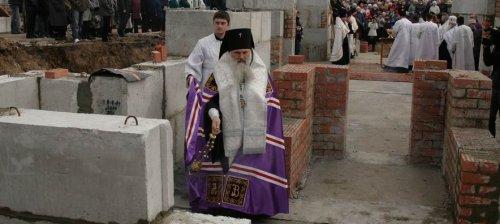 Священник-на-стройке