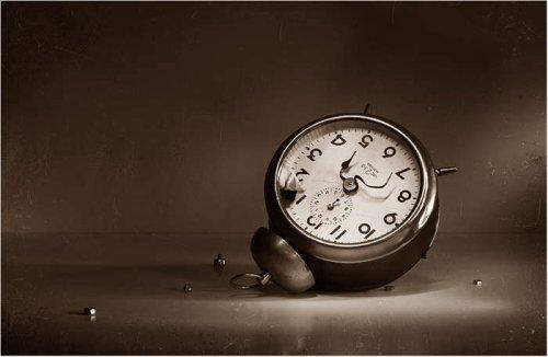 разбитый будильник