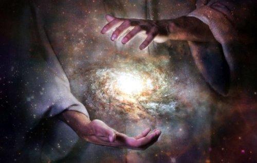 творец вселенной